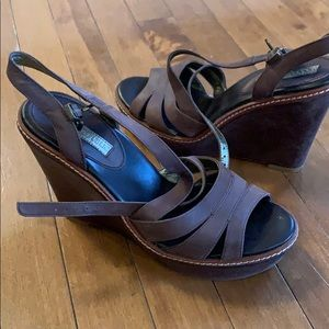 Banana Republic brown leather wedge sandals